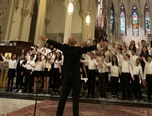 Students Perform with Choral Maestro